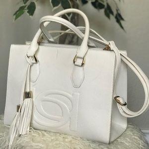 BEBE Handbag/purse👛 ✨